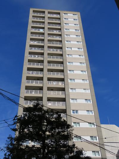 ドゥーエ横浜駅前の外観写真