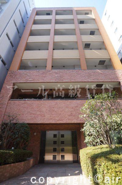 ラグジュアリーアパートメント三田慶大前の外観写真