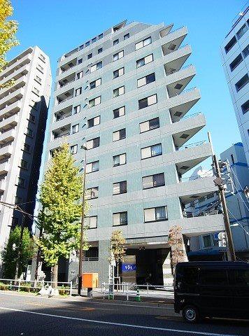 ヴィアシテラ新宿の外観写真