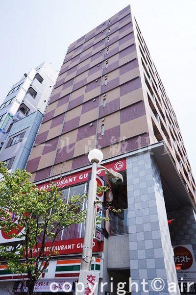 プレミアステージ三田慶大前の外観