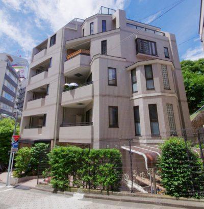 朝日マンション赤坂南部坂の外観写真